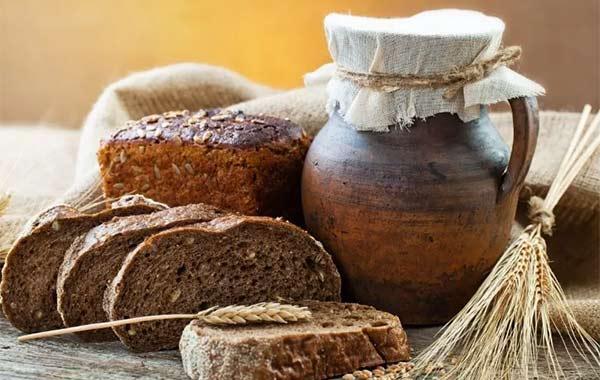 Маска из ржаного хлеба